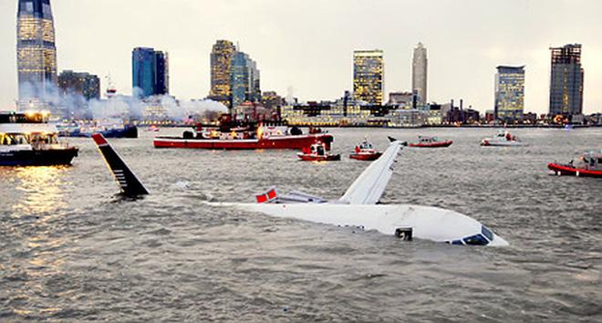 Chuyên gia hàng không chia sẻ về sự chuẩn bị cho tình huống phải hạ cánh khẩn cấp xuống nước 2