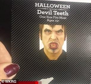 Hóa trang Halloween, người phụ nữ bị kẹt răng giả trong miệng 2 ngày 2