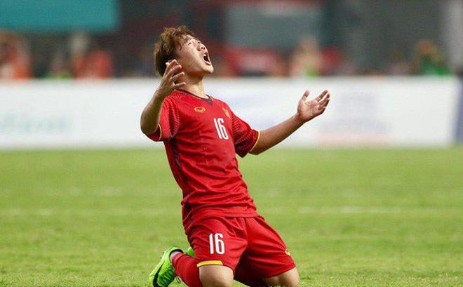Vừa trở về Việt Nam, HLV Park Hang-seo đã công bố 5 cái tên bị loại 1