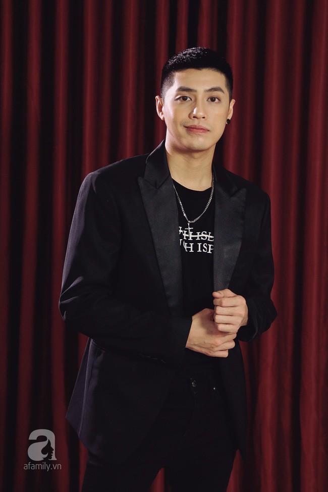 Noo Phước Thịnh: Tôi yêu nhiều điều ở Mai Phương Thúy, kể cả đứng thấp hơn cô ấy, tôi vẫn yêu 2