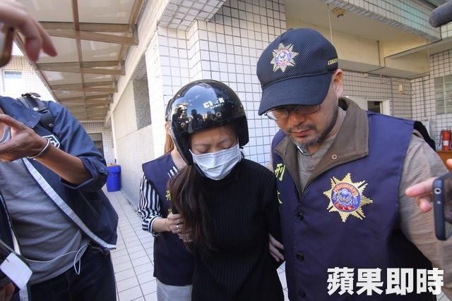 Mẹ trẻ ẵm xác con gái 2 tháng tuổi trốn khỏi bệnh viện, biết lai lịch người mẹ và nguyên nhân cái chết của bé ai cũng phẫn nộ 4