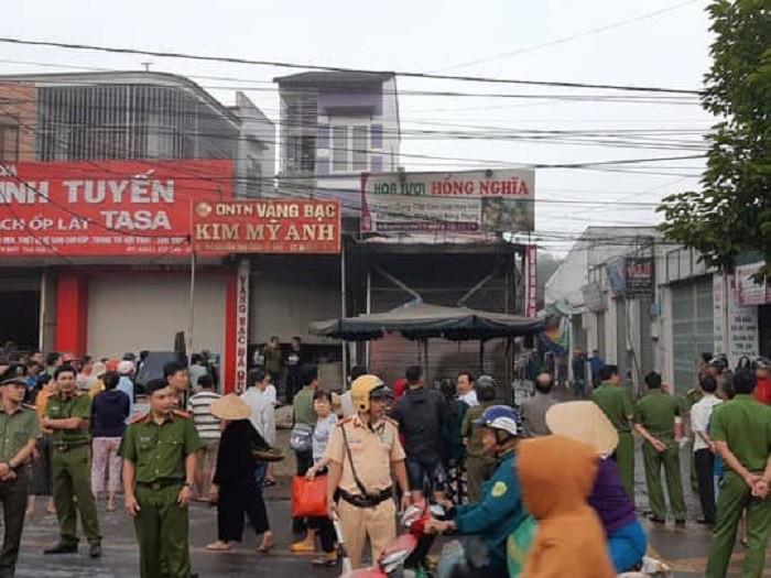 Bắt khẩn cấp nghi phạm đốt cửa hàng hoa tươi khiến 3 người thương vong 1