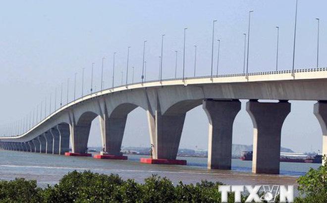 Cận cảnh cầu vượt biển dài nhất Việt Nam tại Hải Phòng 1