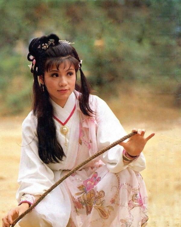 Phận đời mỹ nhân thành danh từ phim kiếm hiệp Kim Dung: Người hạnh phúc trong vòng tay đại gia, kẻ khổ đau tự tử vì tình 1