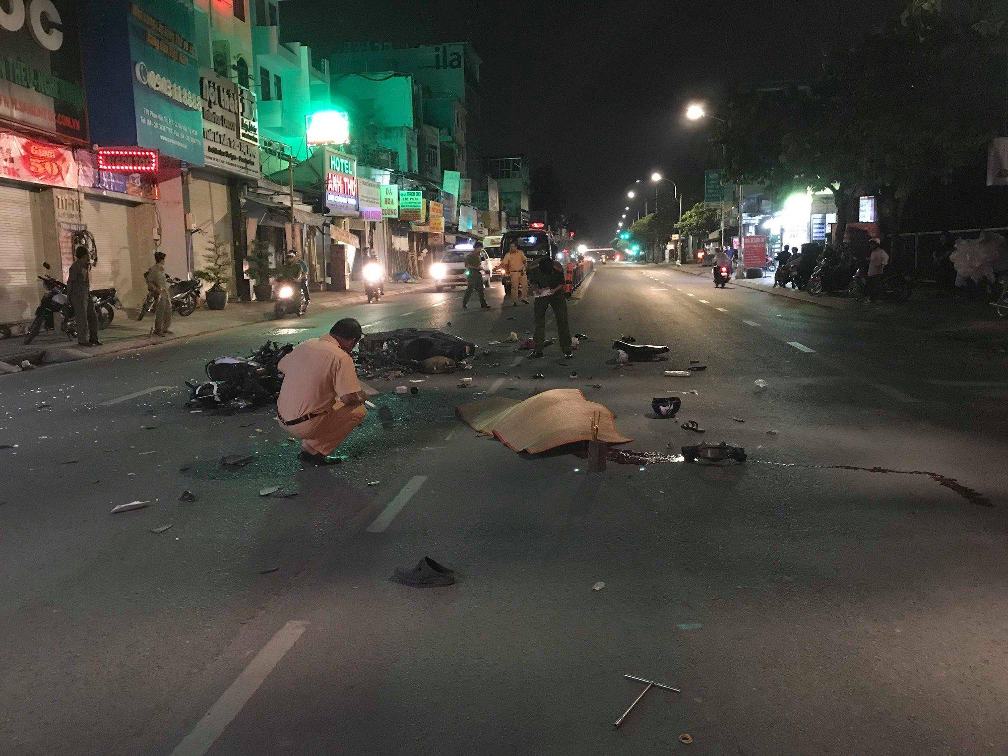 Tin TNGT mới nhất ngày 4/11: 3 người thương vong, 1 người mất tích sau tai nạn kinh hoàng 2