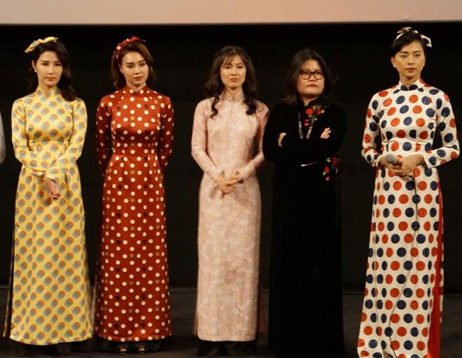 Ở Việt Nam, chỉ có Mỹ Tâm là nghệ sĩ ngôi sao - Ảnh 1.