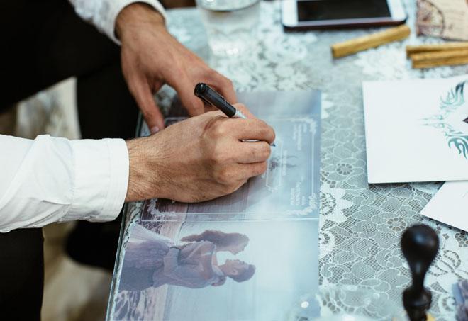 Hình ảnh Hé lộ thiệp cưới đẹp như mơ của Ưng Hoàng Phúc và người mẫu Kim Cương số 2