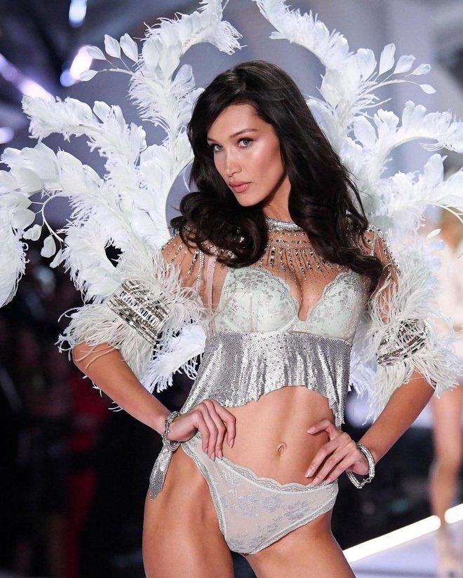 Hình ảnh Những hình ảnh của Victoria's Secret Fashion Show 2018 khiến các fan hâm mộ mãn nhãn số 12