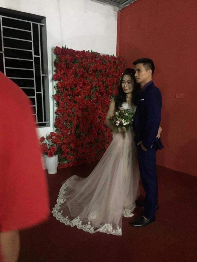 Hình ảnh Sau khi từ bỏ showbiz, Lệ Rơi bất ngờ cưới vợ số 1