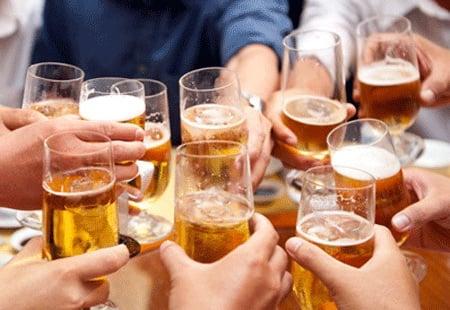 Hình ảnh Đề xuất luật cấm công chức, người lao động uống rượu bia trong giờ làm việc số 1