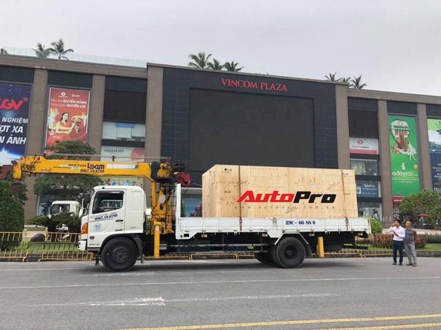 VinFast Lux SA2.0 lần đầu tiên xuất hiện tại Việt Nam 3