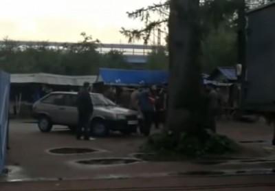 Video: Thăm mộ trùm ma túy, 5 người bất ngờ bị bắn chết không rõ nguyên do 1