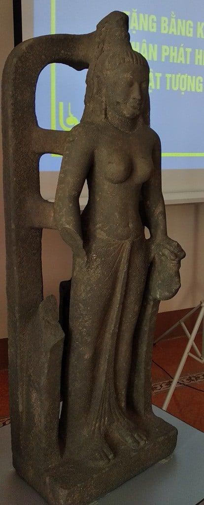 Vớt được tượng nữ thần 1.400 tỷ trị giá 7,5 tỷ đồng trên sông Cổ Chiên 1