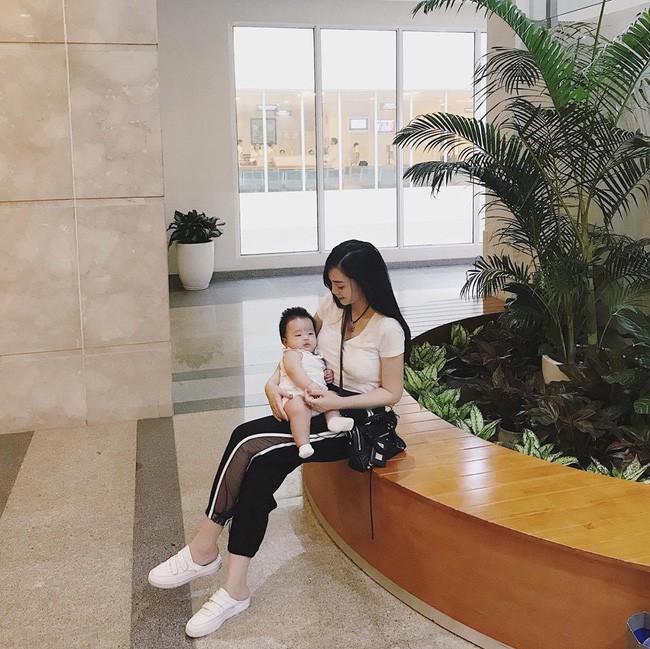 'Khoe' vóc dáng cực chuẩn sau 6 tháng sinh em bé thứ 2, hot mom Ngọc Mon nhận được cơn mưa lời khen từ MXH 11