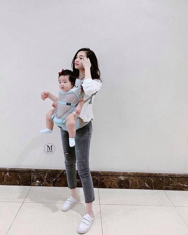 'Khoe' vóc dáng cực chuẩn sau 6 tháng sinh em bé thứ 2, hot mom Ngọc Mon nhận được cơn mưa lời khen từ MXH 3