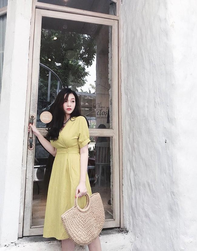 'Khoe' vóc dáng cực chuẩn sau 6 tháng sinh em bé thứ 2, hot mom Ngọc Mon nhận được cơn mưa lời khen từ MXH 8