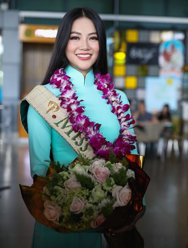Tiết lộ lý do đặc biệt khiến Hoa hậu Trái đất Phương Khánh không đội vương miện 22 tỷ về nước 1