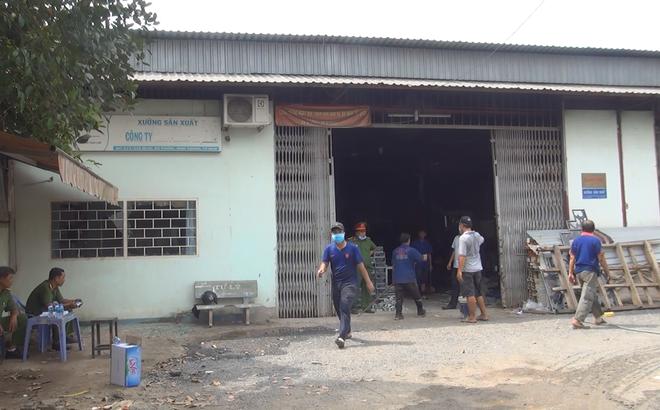 Hỏa hoạn ở xưởng cơ khí tại Sài Gòn, 2 người tham gia chữa cháy bị bỏng nặng 1
