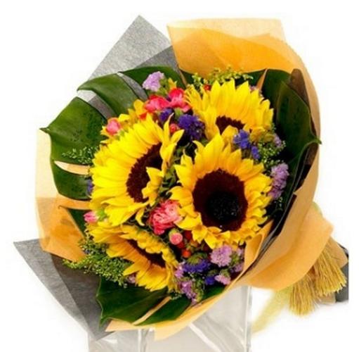 Hình ảnh Chọn hoa sinh nhật cho một số cung hoàng đạo số 9
