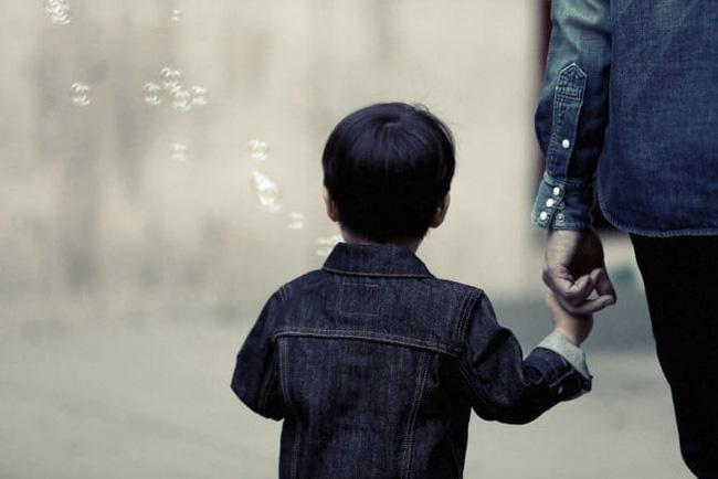 Bé trai 9 tuổi bị bắt cóc sau 1 lời dụ dỗ và nguyên tắc bố mẹ cần lưu ý để bảo vệ con 3