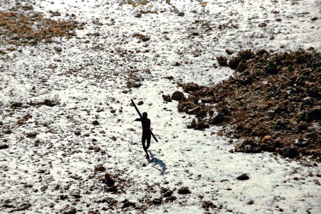 Đến thăm bộ lạc bí ẩn với mục đích kết bạn, nam thanh niên bị trai bản bắn cung chết tại chỗ 3