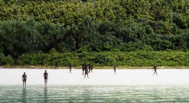 Đến thăm bộ lạc bí ẩn với mục đích kết bạn, nam thanh niên bị trai bản bắn cung chết tại chỗ 6