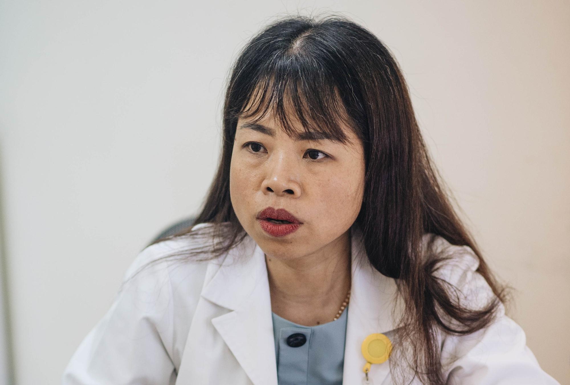 Bác sĩ viện K giải thích tác hại của thức khuya và ăn đồ chiên rán: Có ảnh hưởng sức khỏe, nhưng không trực tiếp gây ung thư gan 2