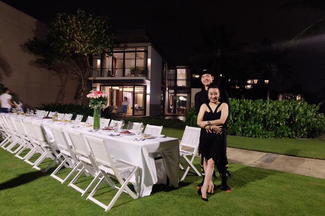Nhan sắc trẻ trung, gia thế khủng của vợ doanh nhân hơn 15 tuổi vừa kết hôn với người mẫu Trương Nam Thành 14