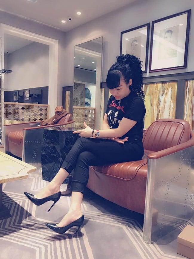 Nhan sắc trẻ trung, gia thế khủng của vợ doanh nhân hơn 15 tuổi vừa kết hôn với người mẫu Trương Nam Thành 21