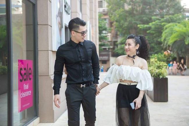 Nhan sắc trẻ trung, gia thế khủng của vợ doanh nhân hơn 15 tuổi vừa kết hôn với người mẫu Trương Nam Thành 5