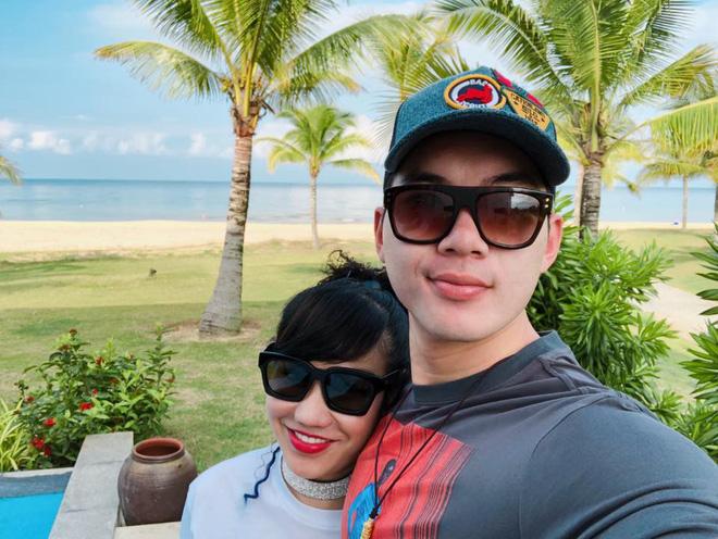 Nhan sắc trẻ trung, gia thế khủng của vợ doanh nhân hơn 15 tuổi vừa kết hôn với người mẫu Trương Nam Thành 9