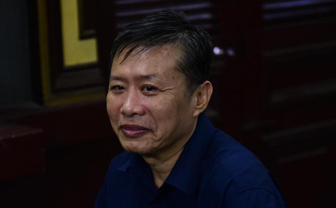 Cựu trung tá công an tất toán khống 1.900 lượng vàng của Ngân hàng Đông Á 1