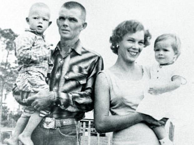 Vụ án khiến cả nhà 4 người bị sát hại tàn bạo gây chấn động nước Mỹ, suốt 60 năm qua hung thủ vẫn mãi là điều bí ẩn - Ảnh 1.