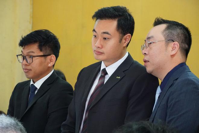 'Đại chiến' Grab - Vinasun: Hai bên bất ngờ yêu cầu tạm dừng phiên tòa, ngồi lại hòa giải 3
