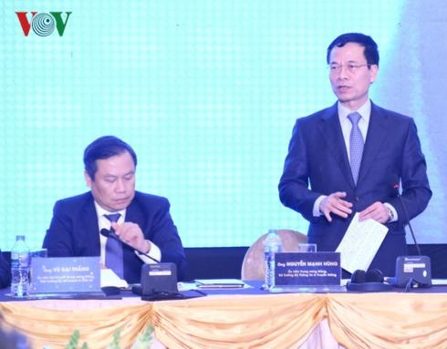Bộ trưởng Nguyễn Mạnh Hùng đề nghị Thủ tướng sớm công nhận tiếng Anh là ngôn ngữ thứ 2 1