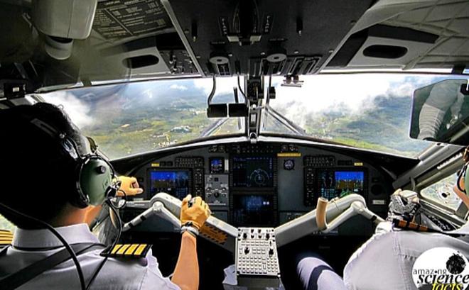Sự thật thú vị: Vì sao hai phi công trên cùng 1 máy bay không bao giờ ăn cùng món? 1