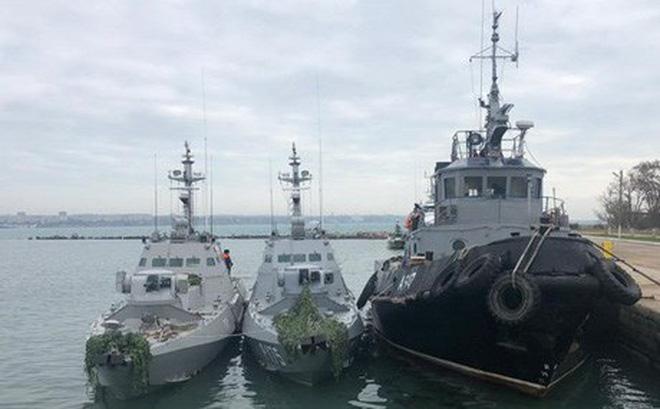 Nga đưa các thủy thủ Ukraine bị bắt giữ về thủ đô Moskva 1