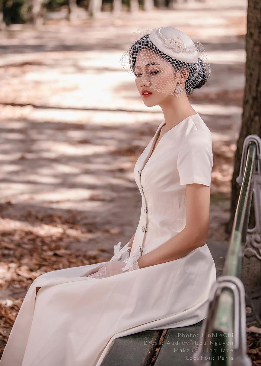 Á hậu Thanh Tú tung ảnh cưới đẹp như cổ tích giữa Paris hoa lệ trước thềm hôn lễ 2