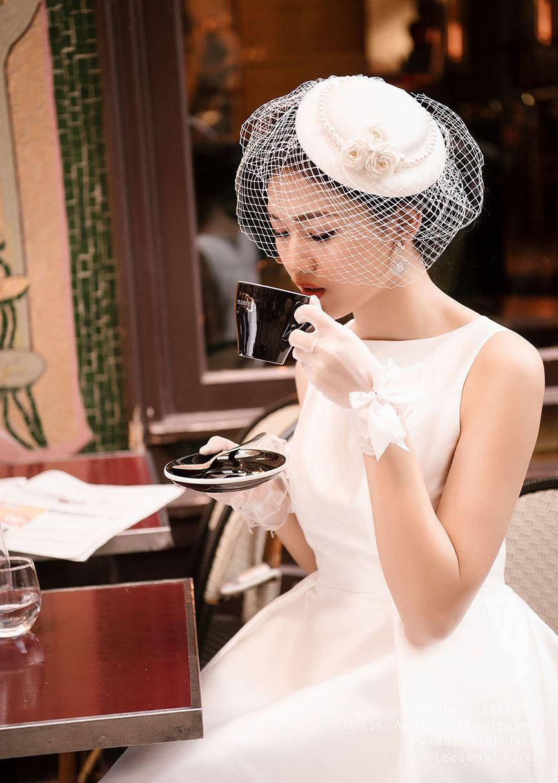 Á hậu Thanh Tú tung ảnh cưới đẹp như cổ tích giữa Paris hoa lệ trước thềm hôn lễ 4