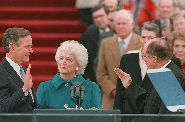 Cuộc đời của cựu Tổng thống Mỹ Bush 'cha' qua ảnh 10