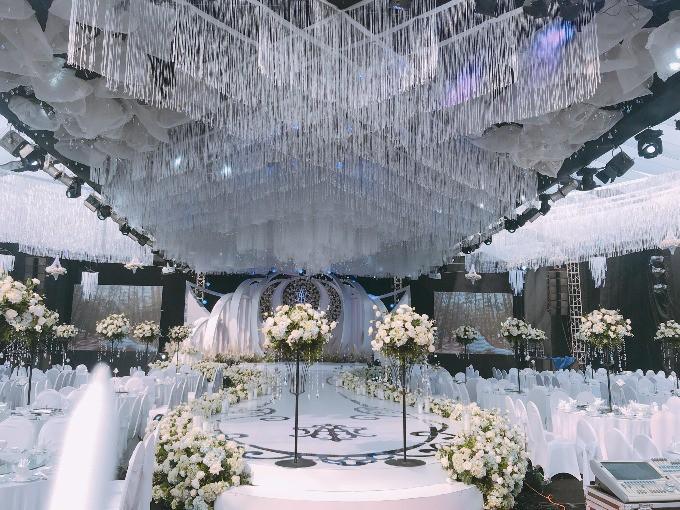'Siêu đám cưới' trang trí hết 4 tỷ đồng ở Thái Nguyên: 13 năm bên nhau và niềm hạnh phúc sau bao sóng gió của cô dâu 6