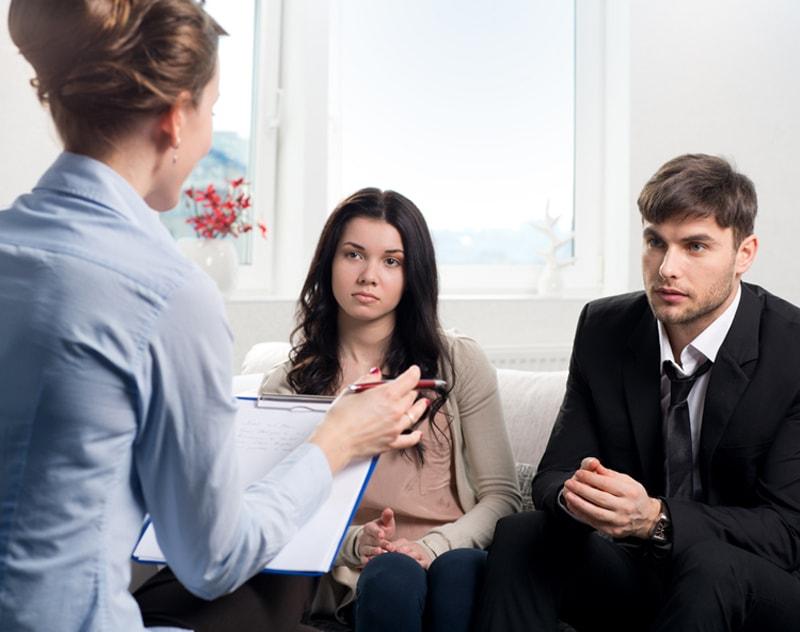 Luật sư tư vấn ly hôn: Câu chuyện về nghề