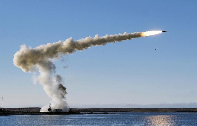 """Thời sự thế giới ngày 5/12: Trung Quốc đang """"nắn gân"""" Nhật tại biển Hoa Đông? 2"""
