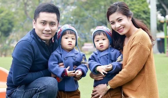 Phản ứng bất ngờ của MC Trung Nghĩa khi Hoàng Linh bị tố bỏ mặc 2 con 1