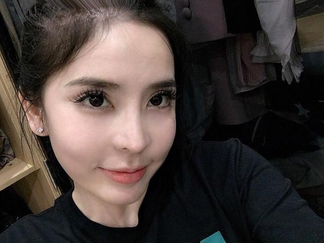 Hot girl dao kéo Vân Tokyo: Kết hôn rồi vẫn miệt mài thẩm mỹ, cứ mỗi lần sinh là một lần sửa 11