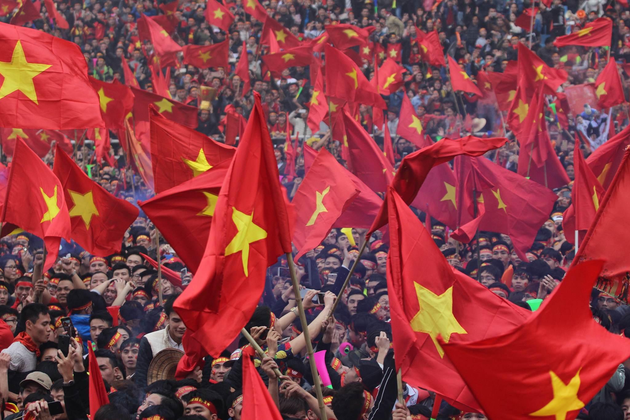 Hình ảnh Bán kết AFF CUP 2018: Màn trình diễn xuất sắc của tuyển Việt Nam trên sân nhà số 3