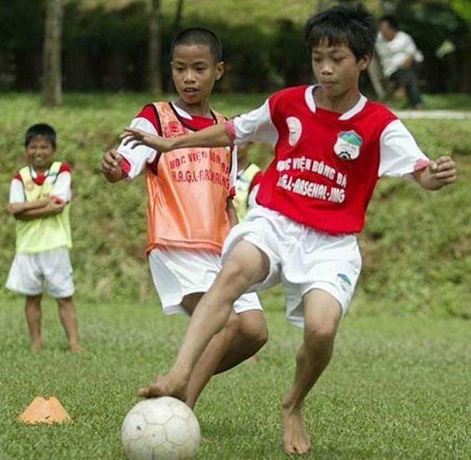 Lứa Quang Hải, Công Phượng đang ở đâu khi Việt Nam giành cúp vô địch AFF Cup 2008? 2