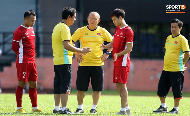 Đội tuyển Việt Nam chia nửa vui, buồn trong buổi tập đầu tiên trên đất Malaysia 1