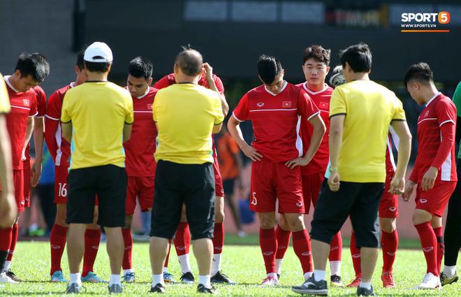 Đội tuyển Việt Nam chia nửa vui, buồn trong buổi tập đầu tiên trên đất Malaysia 6