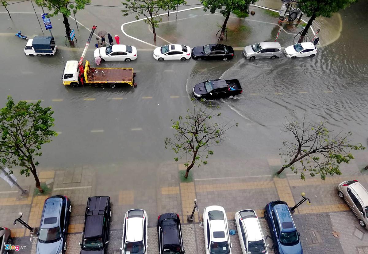 Gần 2000 học sinh ở Đà Nẵng được nghỉ học trong ngày 10/12 vì mưa ngập 2